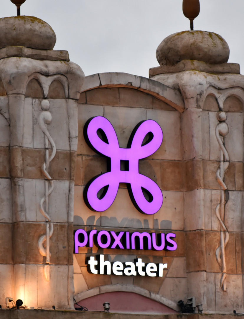 Proximus Theater