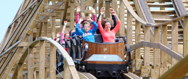 Nieuw in Plopsaland De Panne: Heidiland met gloednieuwe attractie Heidi The Ride!