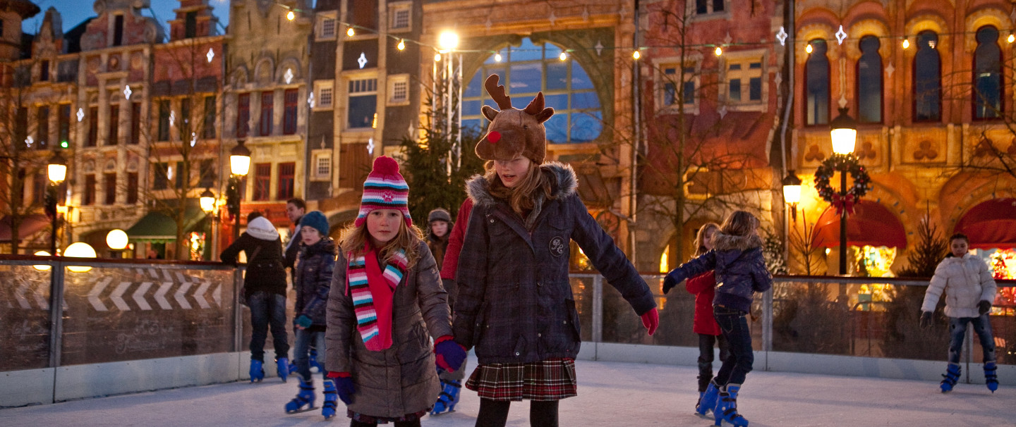 Experience a magical winter in Belgium's biggest theme park!