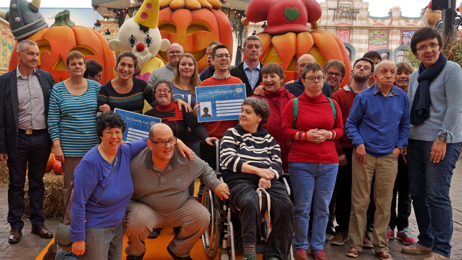 Staatssecretaris Zuhal Demir stelt 'European Disability Card' voor in Plopsaland De Panne